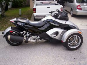 Can am spyder.... $11,000 only 4k miles for Sale in Midlothian, VA