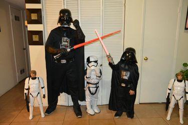 Dart Vader costume size adult large Thumbnail