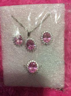 Beautiful jewelry set Thumbnail