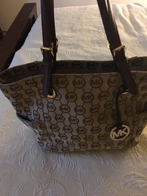 Michael kors for Sale in Severn, MD