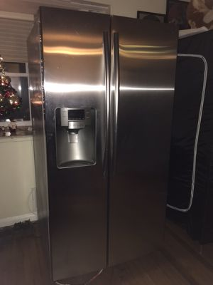 Nice refrigerator for Sale in Silver Spring, MD