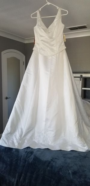 Wedding dresses in Turlock