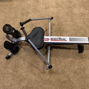 Rowing Machine- Brand NEW for Sale in Highland, CA