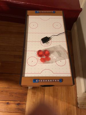 "27"" AIR HOCKEY TABLE WITH LEGS (Electric Operated) for Sale in Beverly, MA"