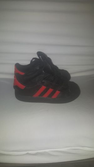 Toddler Adidas 8c for Sale in Washington, DC
