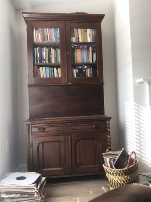 Antique Americana Cherry Wood Secretary desk and cabinet for Sale in Washington, DC