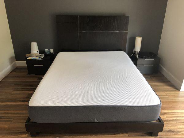 West elm bed frame with Casper mattress (queen) (Furniture) in ...