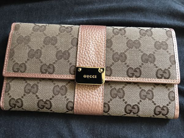496a078884c796 Authentic Gucci wallet never used for Sale in Brambleton, VA - OfferUp