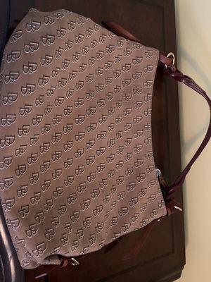 Photo Dooney and Bourke purse