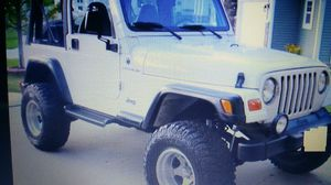 Selling 2000 Jeep wrangler for Sale in Washington, DC