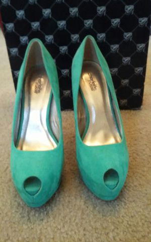 Shoes for Sale in Laveen Village, AZ