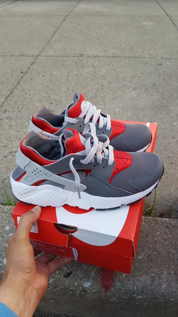 684cca772aac Nike HUARACHE kids size 6Y 6.5Y   7Y Womens size 7 7.5   8 brand new in box