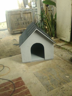 New wood dog house for Sale in Paramount, CA