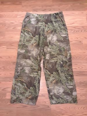 Photo Mad Dog Gear waterproof camo fleece drawstring hunting pants. 2XL. Excellent condition.