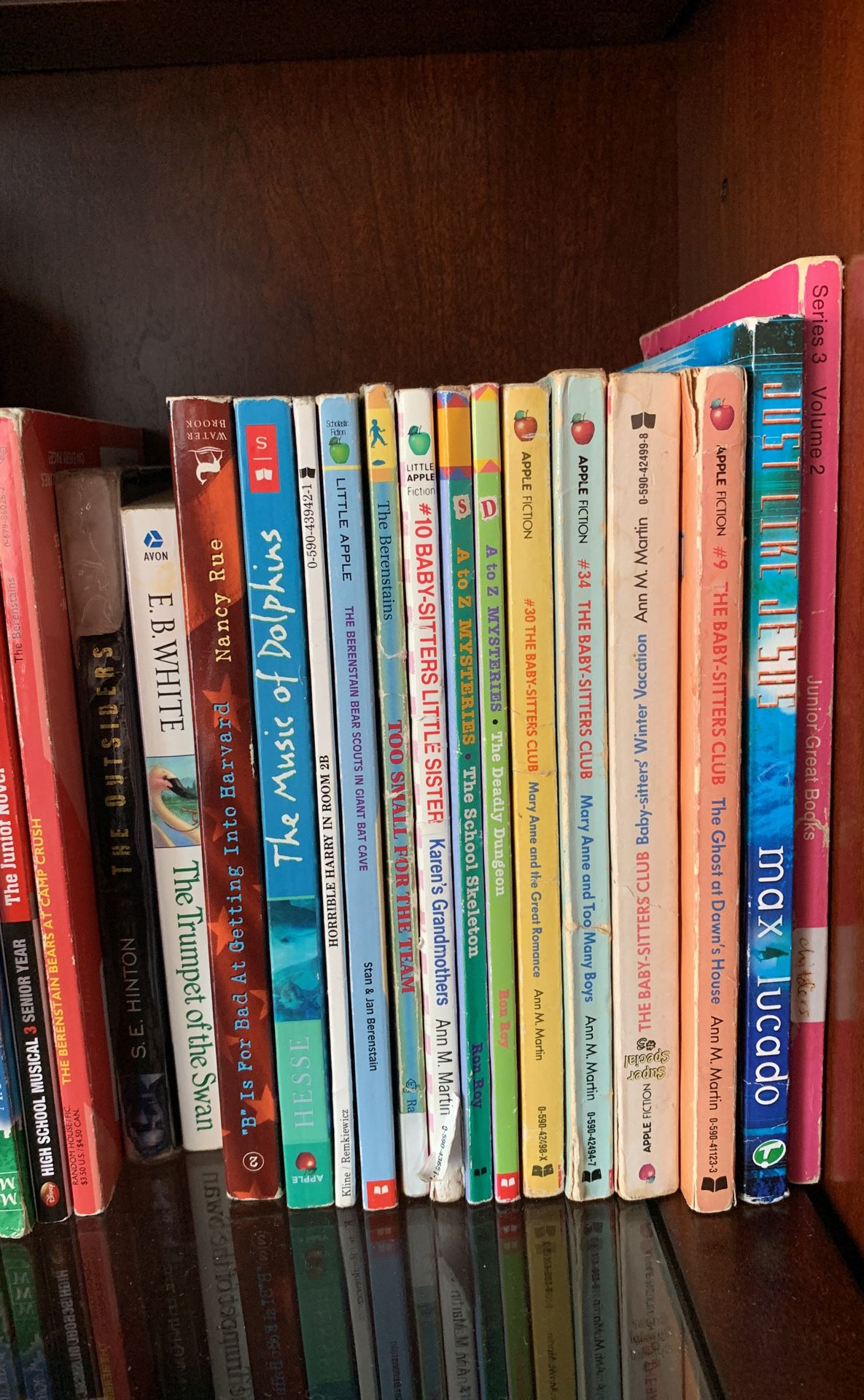 50+ POPULAR BOOKS!📚
