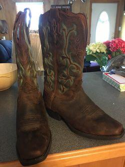 Women's Justin Western Boots Thumbnail