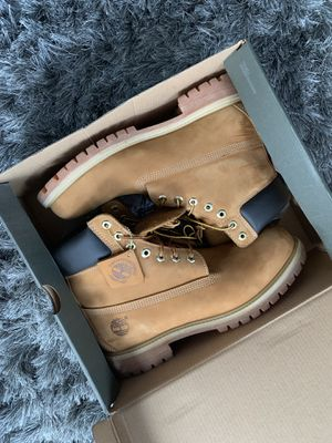 Men's wheat timberland boots size 10 for Sale in Chicago, IL