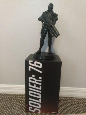 Overwatch Soldier 76 Statue and License Plate for Sale in Windermere, FL