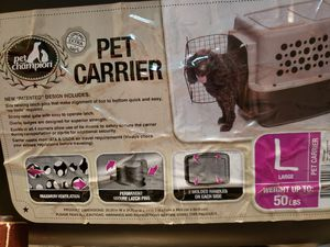Large pet carrier for Sale in New Market, MD