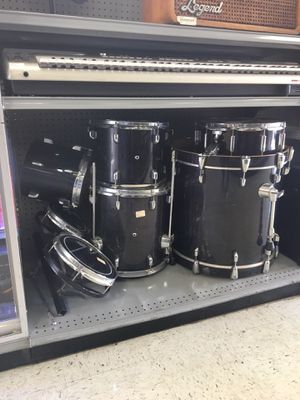 Standard Drum Set. Basic 6pc for Sale in Orlando, FL