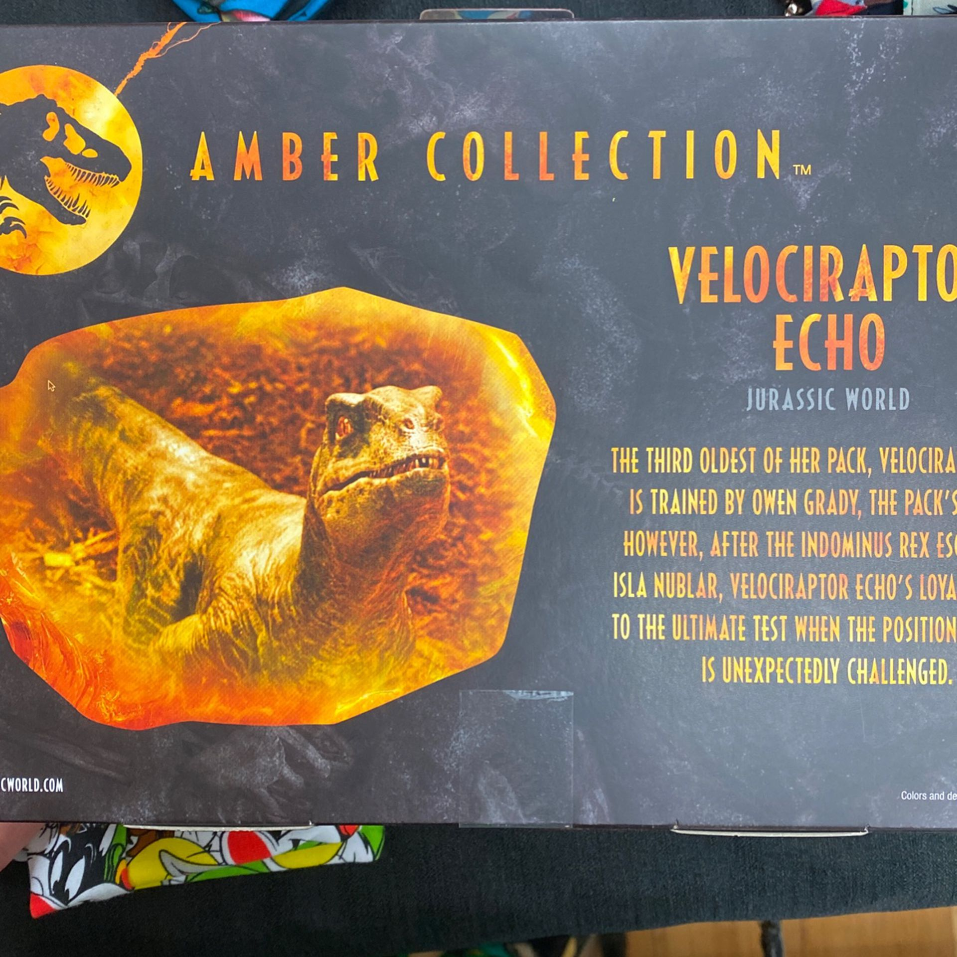 Jurassic World Echo Amber Collection