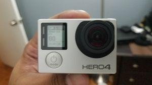 GoPro Hero 4 silver w/ accessories for Sale in Weehawken, NJ
