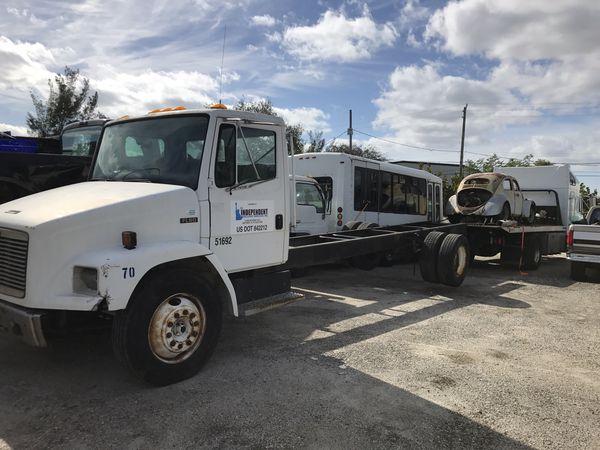 Frieghtliner Fl60 Parting Out For Sale In Boca Raton  Fl