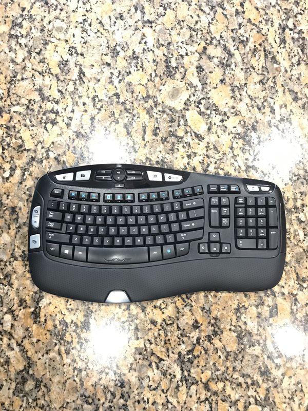 Logitech K350 Wireless Keyboard w/dongle for Sale in Corona, CA - OfferUp