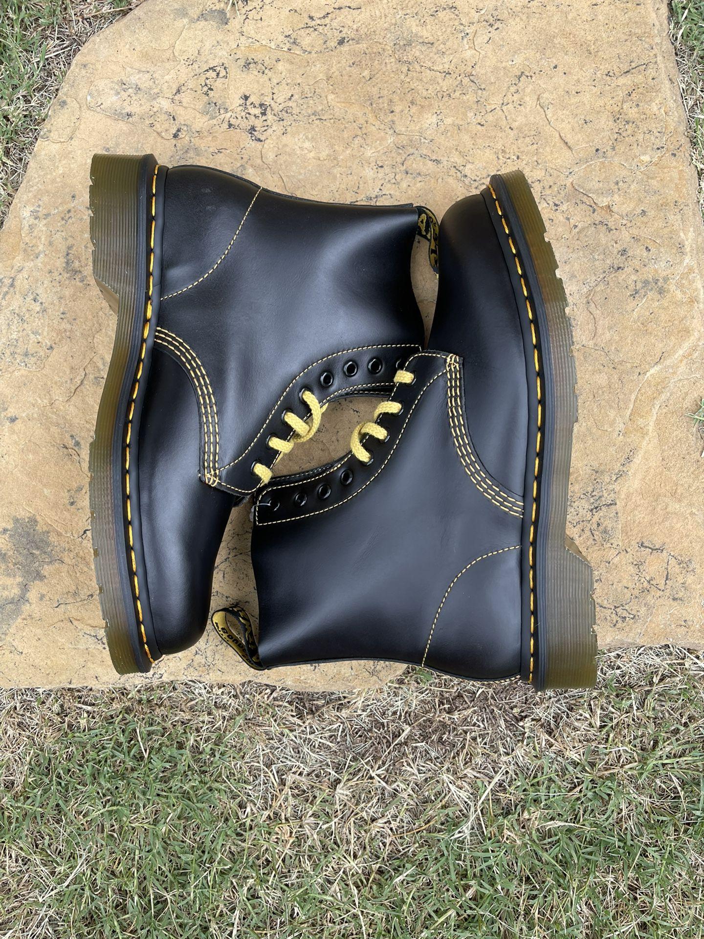 Doc Martens 1460 Pascal Black Leather Boots Women's Size 9/ Men's Size 8