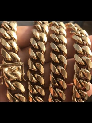 """12mm Cuban Link Set Chain and Bracelet 14k Gold Plated """"New"""" Never Fades $120 / Buenas de verdad for Sale in Kissimmee, FL"""