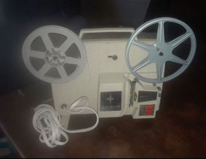 VINTAGE MOVIE PROJECTOR & 14 MOVIES for Sale in Tacoma, WA