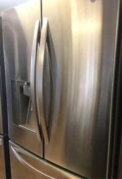 Refrigerator LG 3 doors Thumbnail
