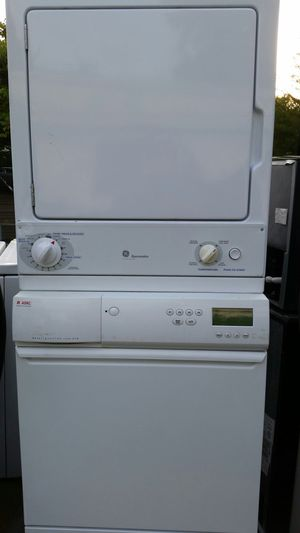 Stackable Washer and dryer apartment size for Sale in Lincolnia, VA