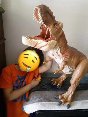 Photo Big jumbo eating cars T-REX dinosaur . With sound.