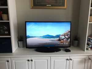 Samsung 40 inch 1080i HD Smart TV for Sale in Washington, DC