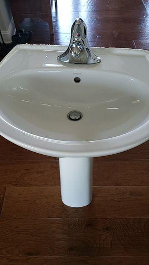 Photo Kohler sterling Pedestal sink