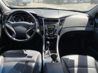 2012 Hyundai Sonata Thumbnail