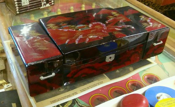 Oriental lacquered jewelry box for Sale in Kansas City, MO - OfferUp