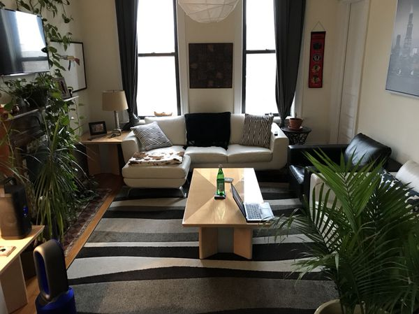 Prime Classy White Leather Three Seater Natuzzi Couch With Two Arm Chairs And Two Ottomans For Sale In Portland Or Offerup Spiritservingveterans Wood Chair Design Ideas Spiritservingveteransorg