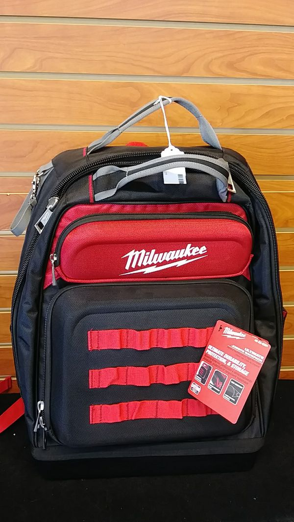 f1c6c6a6c2f1 Milwaukee ultimate jobsite backpack for Sale in Everett