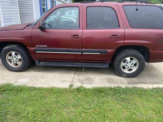 2001 Chevrolet Tahoe Thumbnail