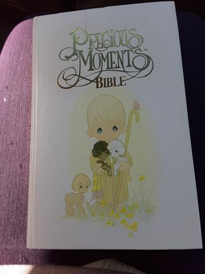 Photo 1978 antiquitie precious moments catholic edition of the new English version bible in mint condition