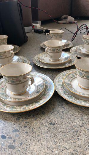 Photo 32 piece noritake ivory China tea set