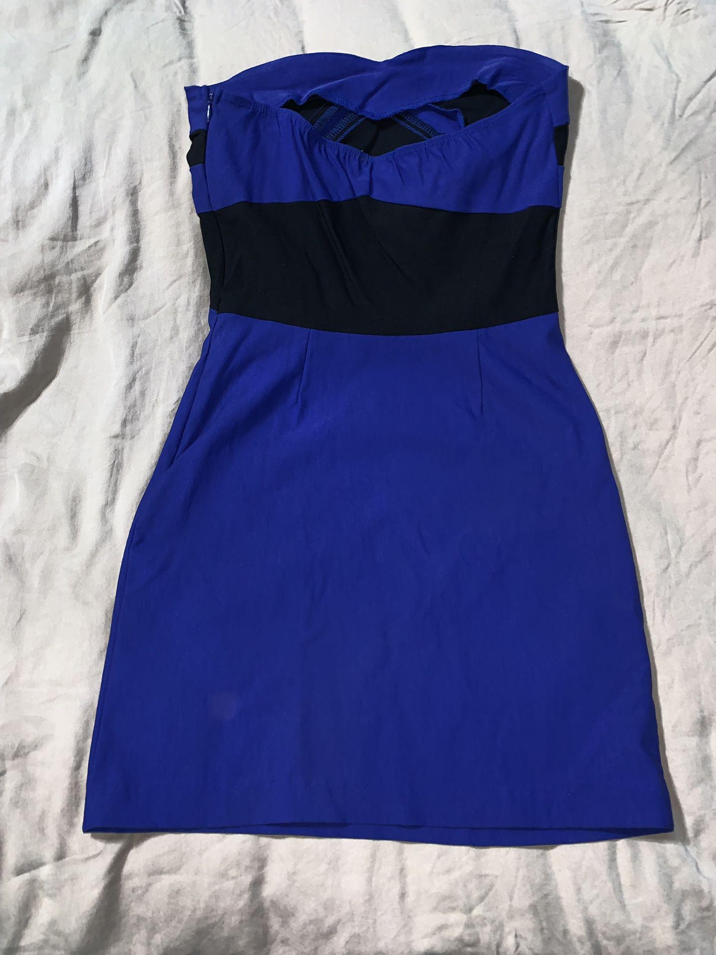 Black and blue strapless Dress