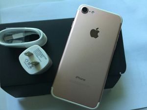 Factory unlocked, iPhone 7, 32GB, Great Condition for Sale in Arlington, VA
