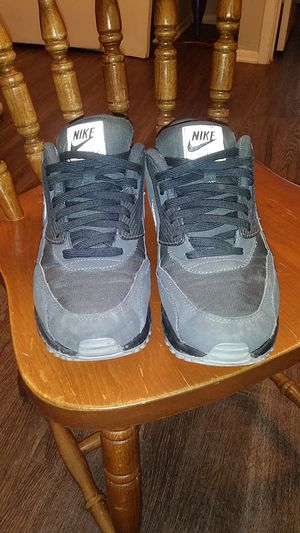 Photo Nike Air Max 90 black and grey size 10