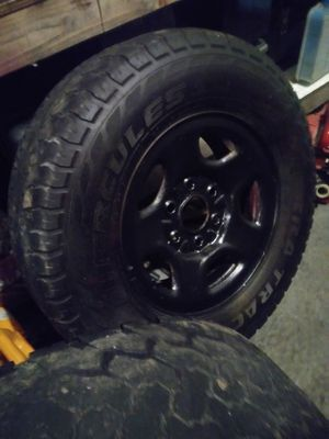Tire and rims 245/75/r16 for Sale in Hazelwood, MO