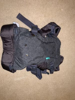 Baby carrier for Sale in Vienna, VA