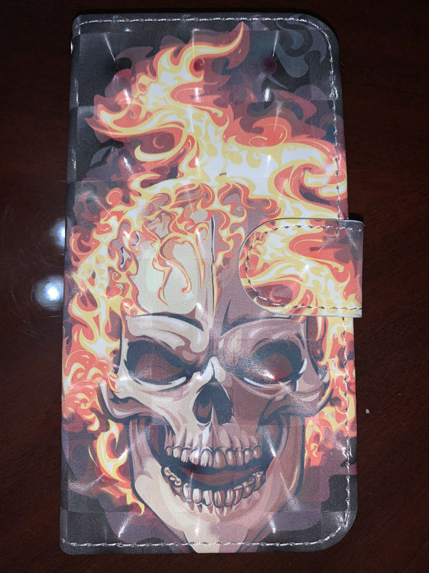 iPhone X iPhone XS flaming skull case new
