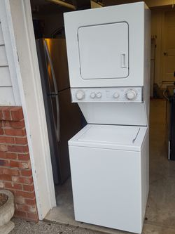 Whirlpool 24 inch stackable washer and dryer Thumbnail